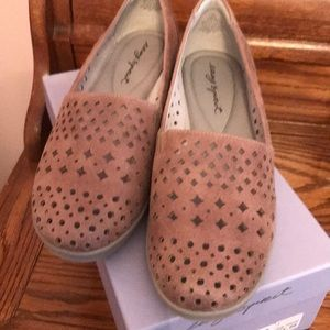 EasySpirit casual shoes
